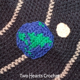 Earth and the moon (which is part of Week 11, the science-themed appliques!)